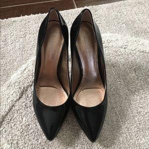 NEW BCBG Black Pointed Toe Heels